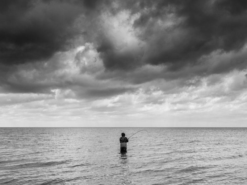 Wędkarz w Zatoce Gdańskiej